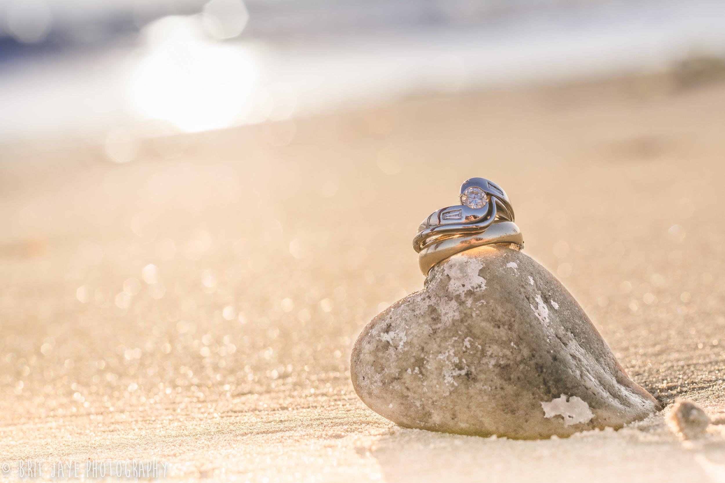 BeachWeddingRingPhoto