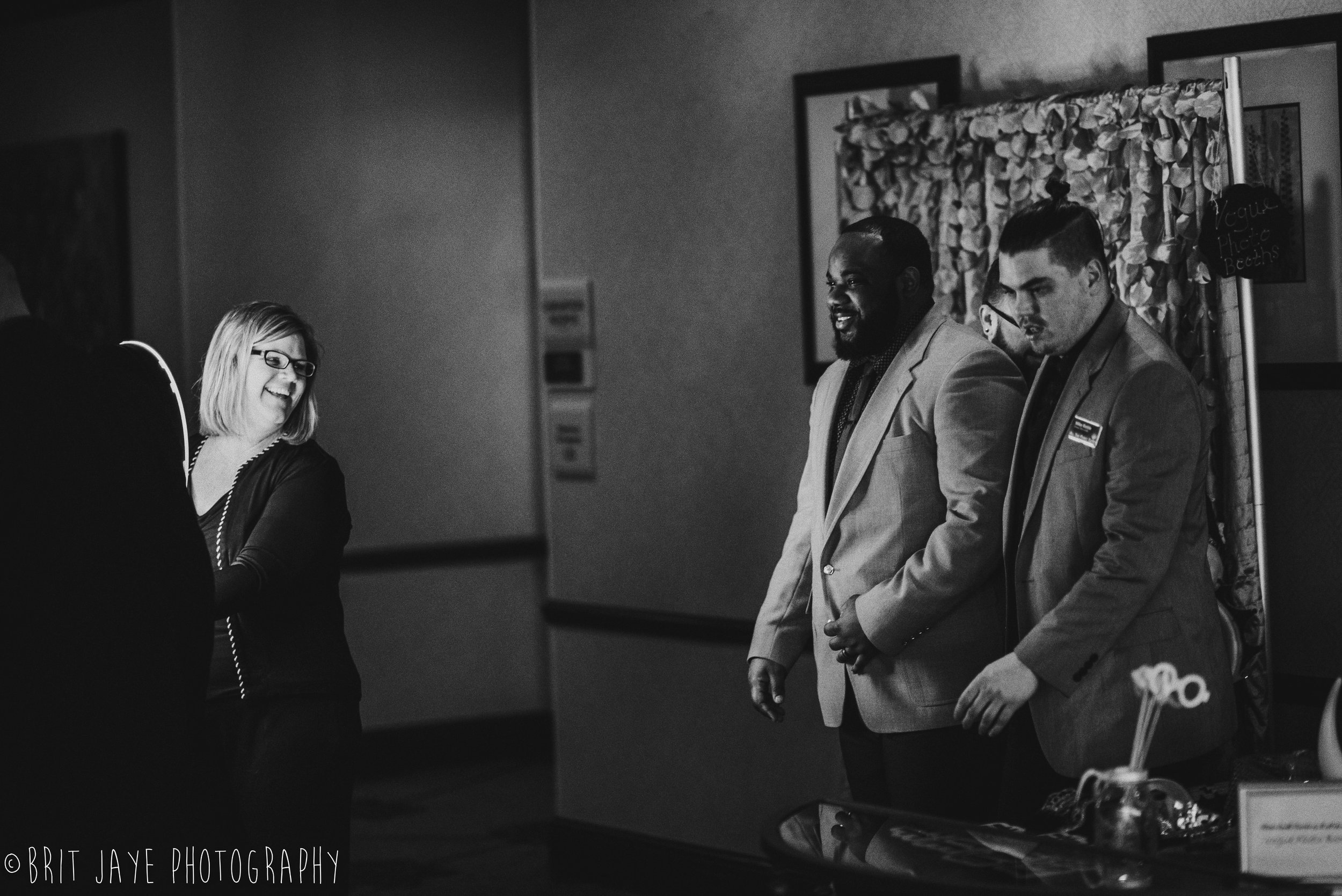 Wedding_Vendor_Wine_Mixer_Hilton_Garden_Inn_Beavercreek-30.jpg