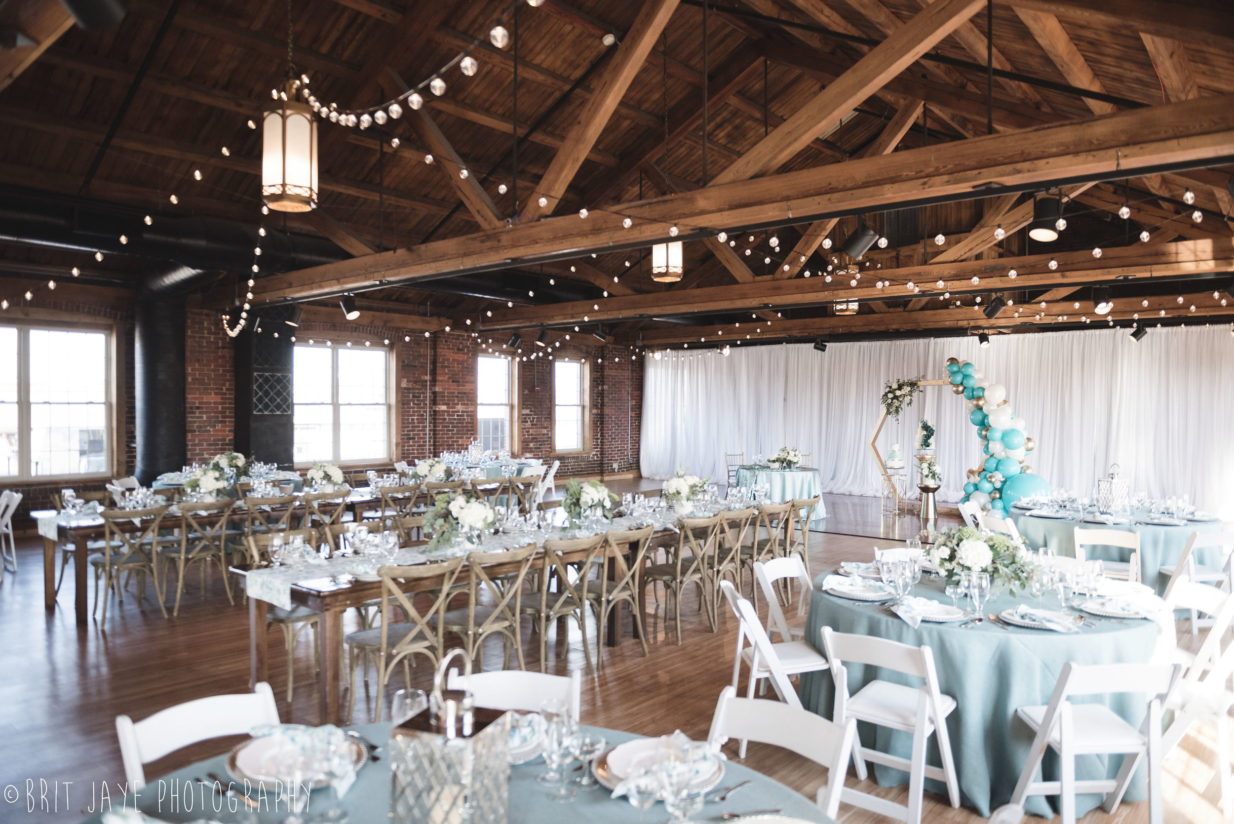 Top Of The Market Wedding Venue Open House Ohio Wedding Photography