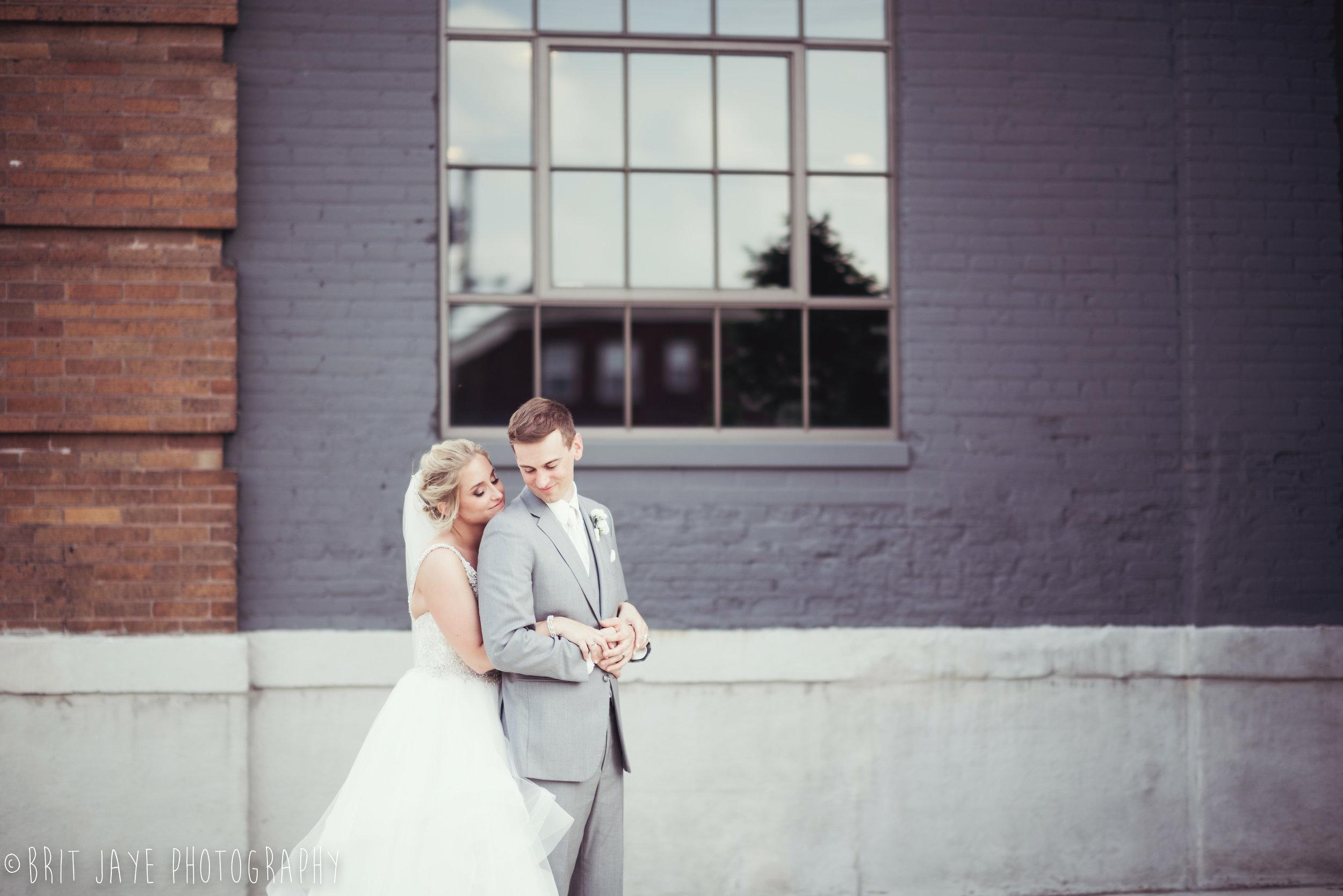 Spring_Wedding_at_Steam_Plant_Dayton-1-3.jpg