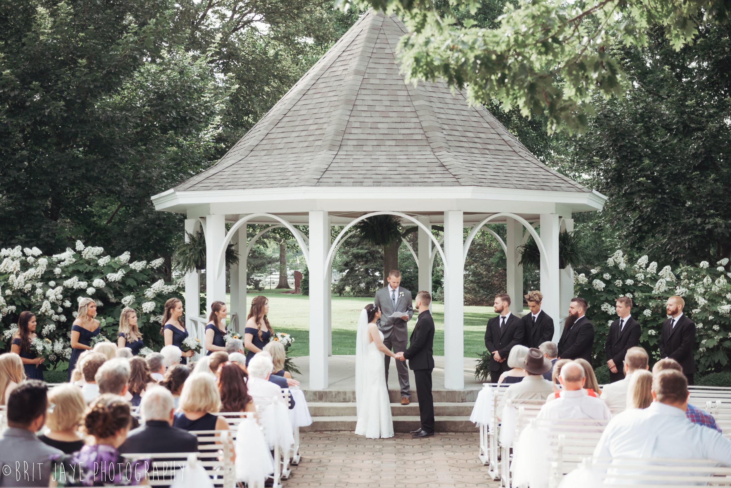 Polen_Farm_Summer_Wedding_Dayton_Ohio-92.jpg