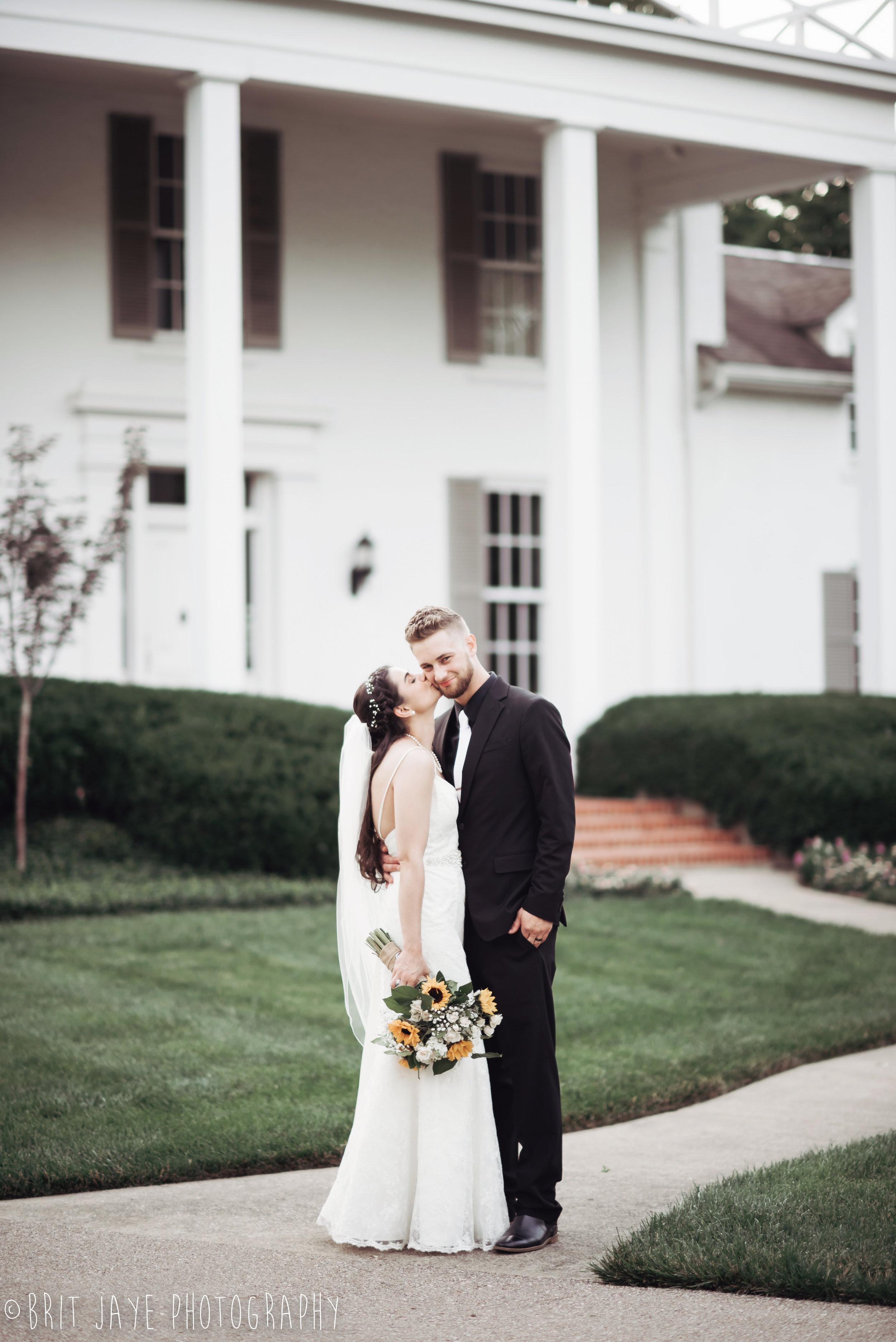 Polen_Farm_Summer_Wedding_Dayton_Ohio-1-9.jpg