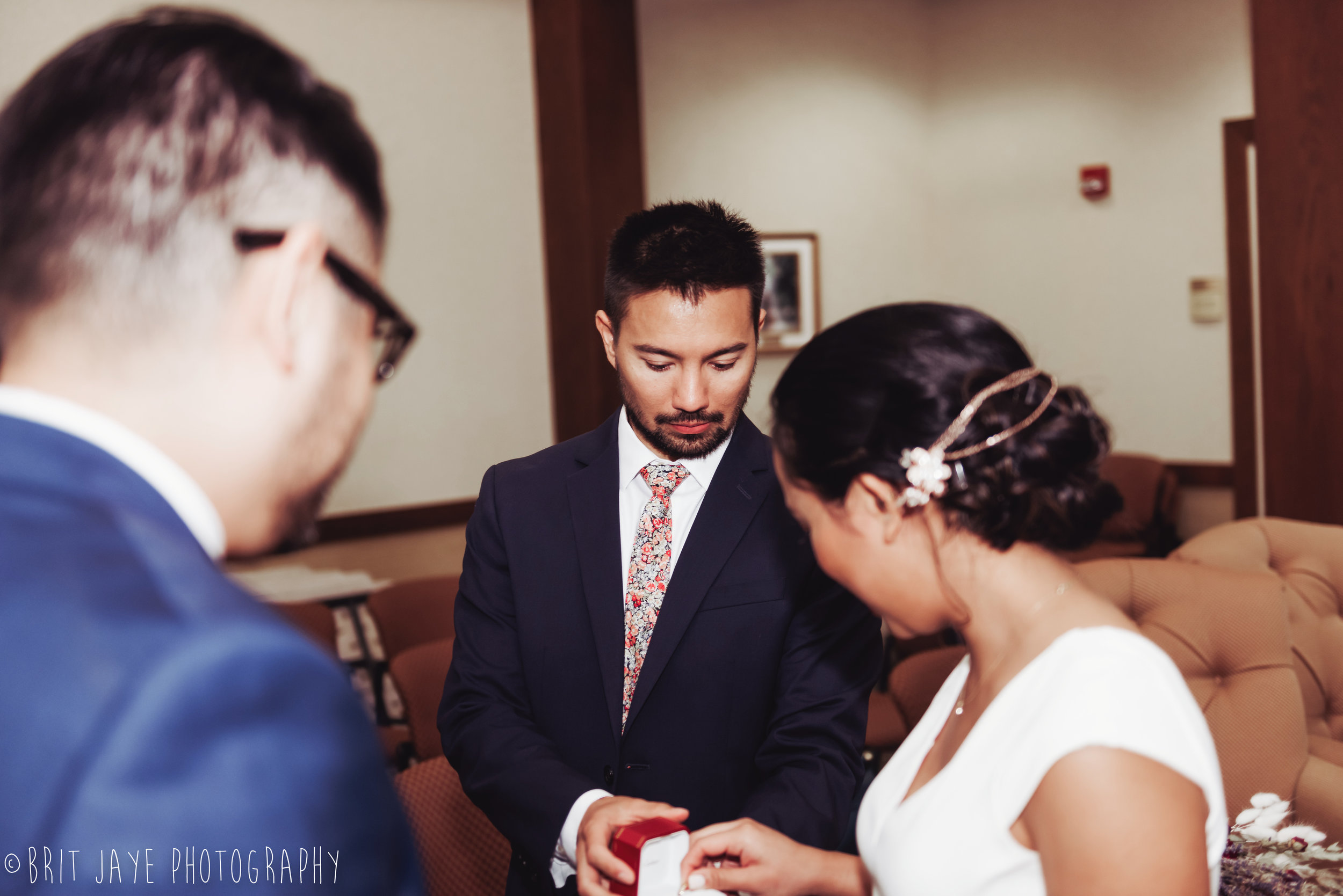 Oakwood_Courthouse_Wedding_Ceremony-32.jpg