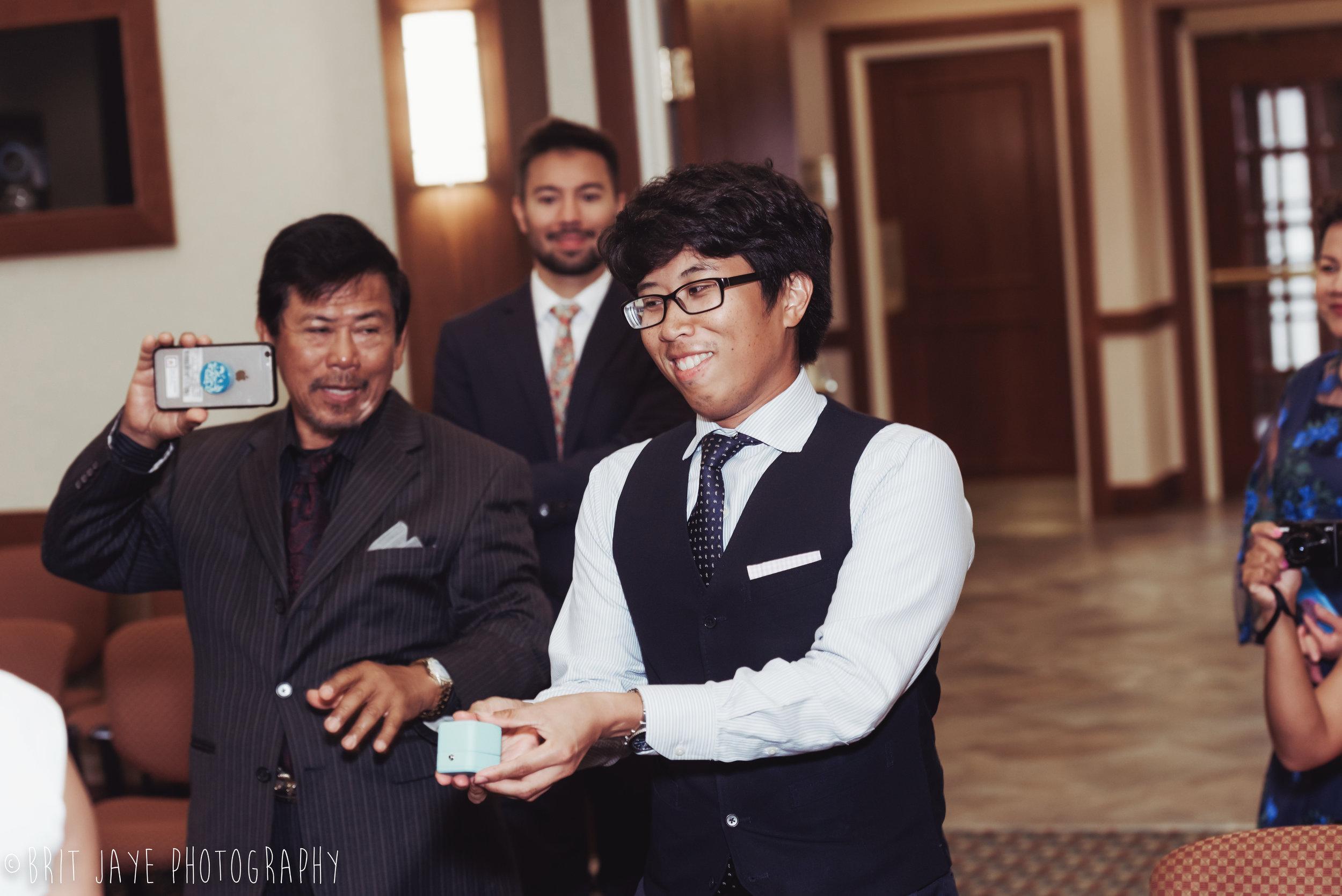 Oakwood_Courthouse_Wedding_Ceremony-36.jpg