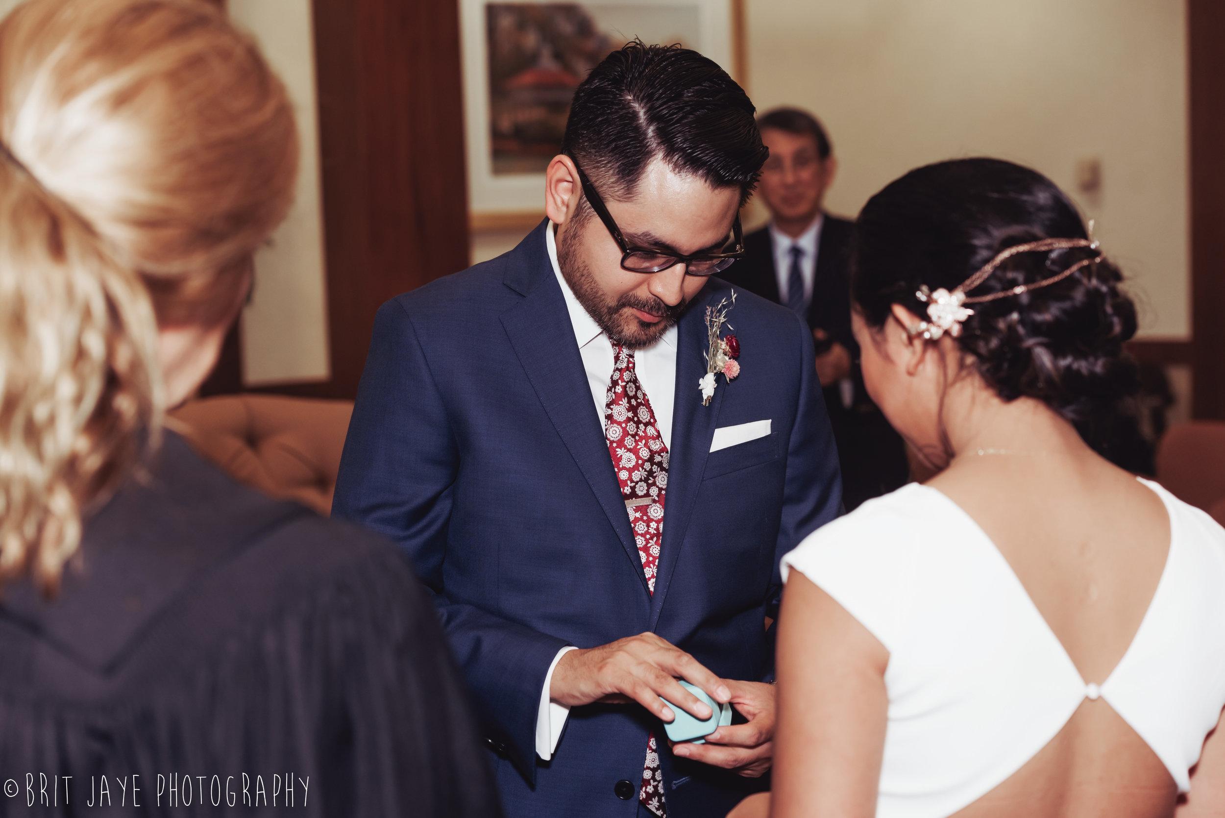 Oakwood_Courthouse_Wedding_Ceremony-37.jpg