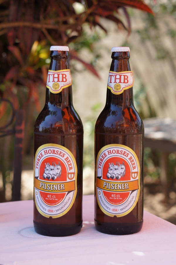 FCE-THB600px-Three_Horses_Beer_001.jpg