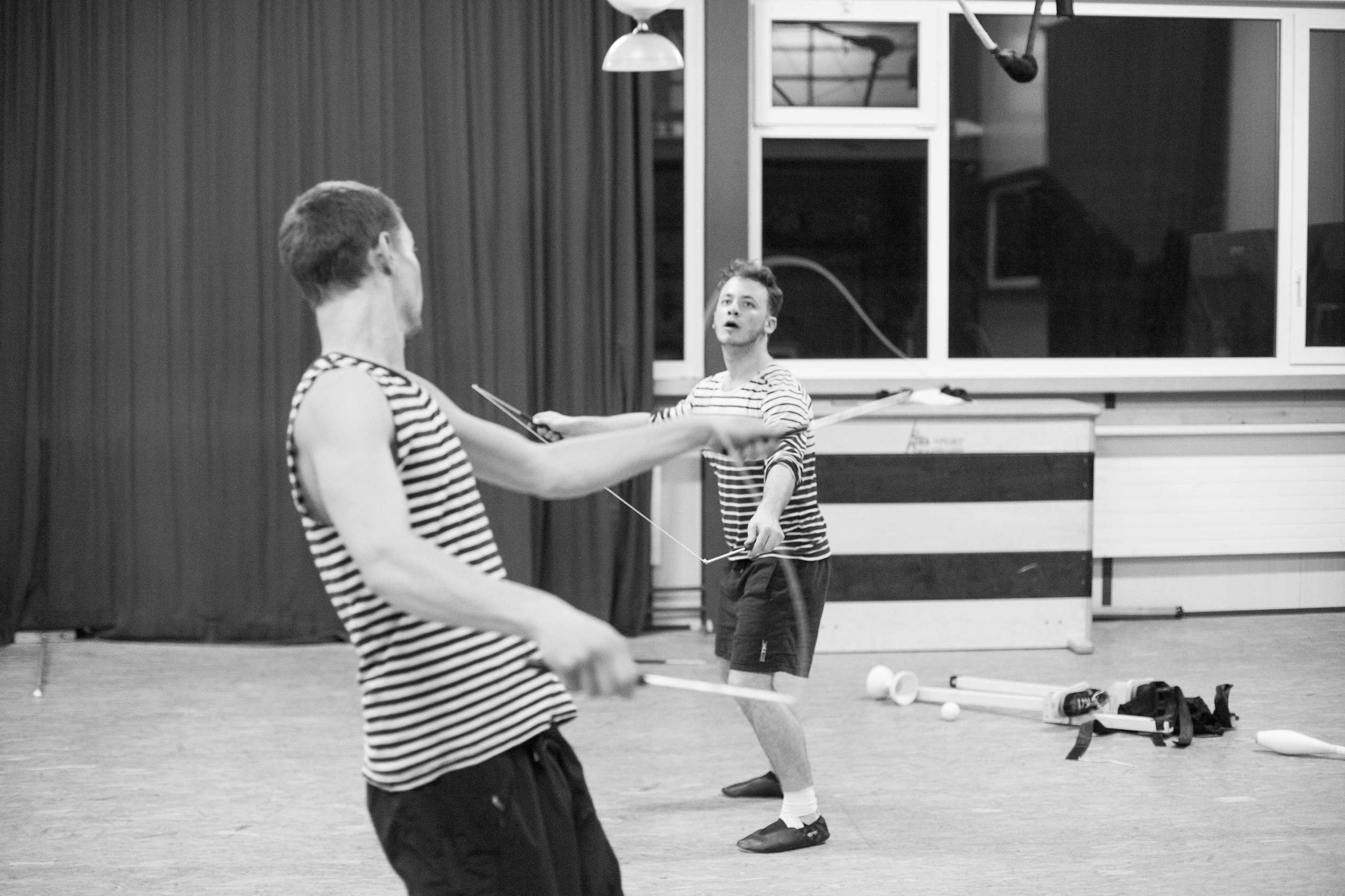 compagnie-trottvoir-produktion-2014-zirkus-luzern_15.jpg