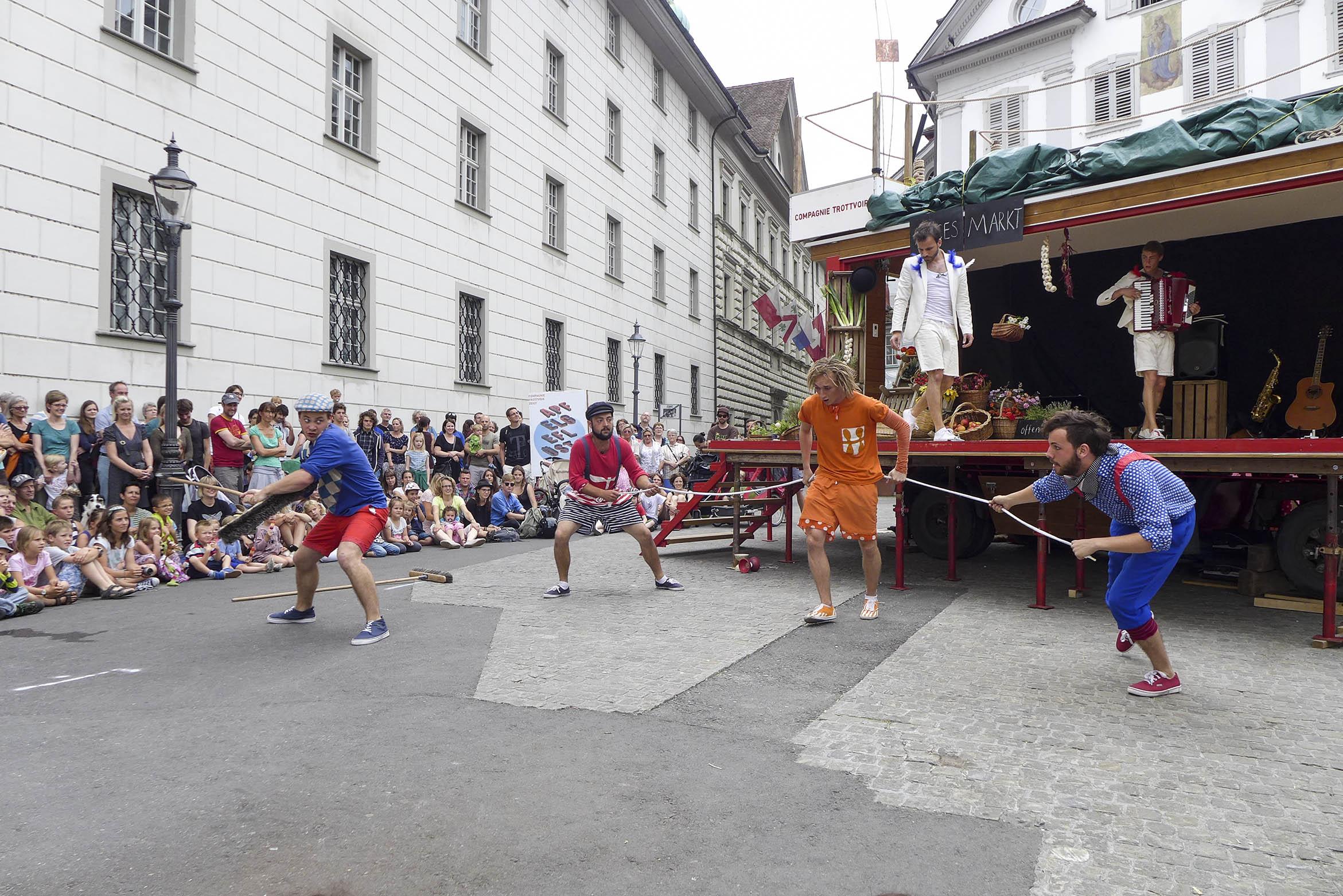 Compagnie-Trottvoir-2014-Luzern-04.jpg