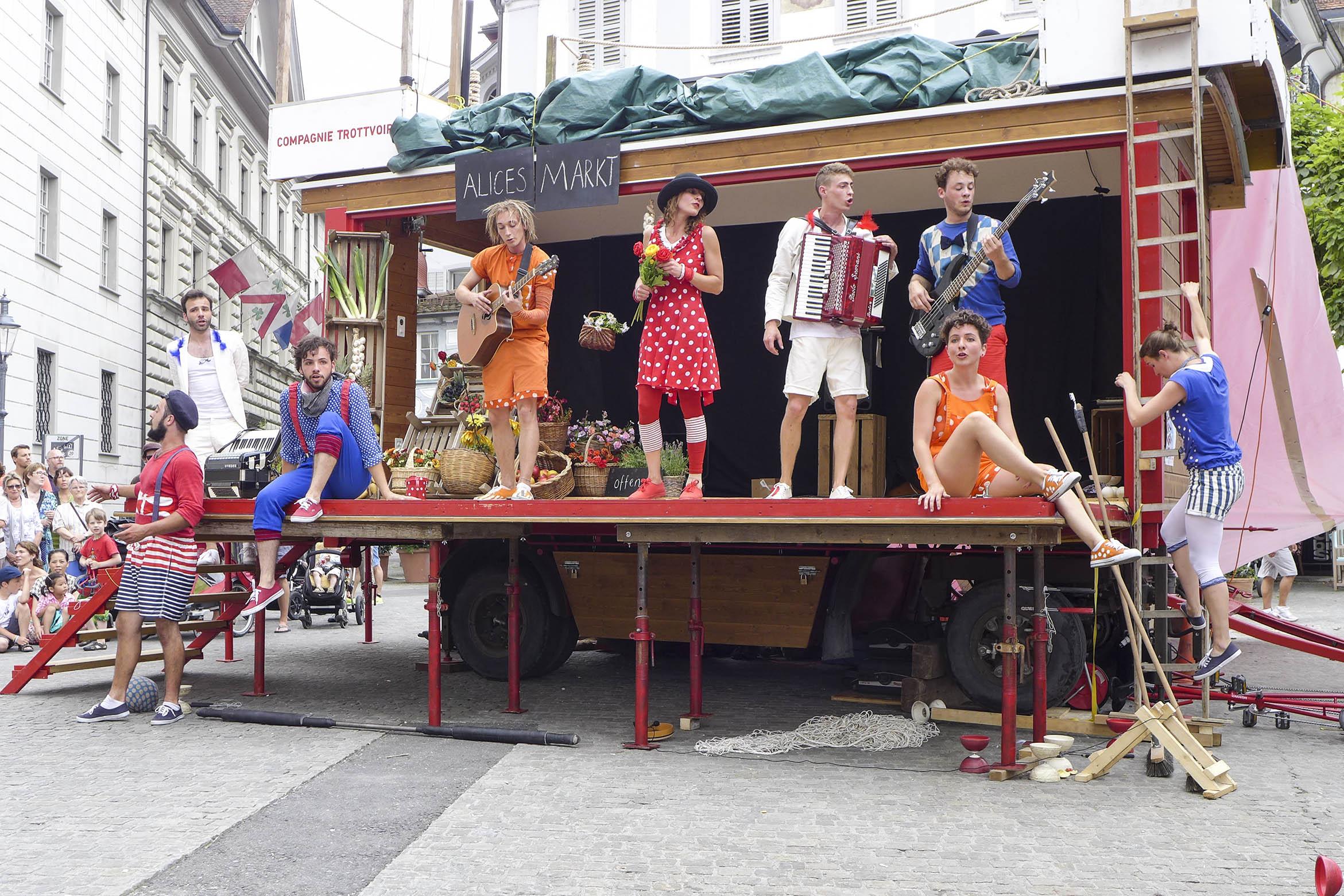 Compagnie-Trottvoir-2014-Luzern-12.jpg