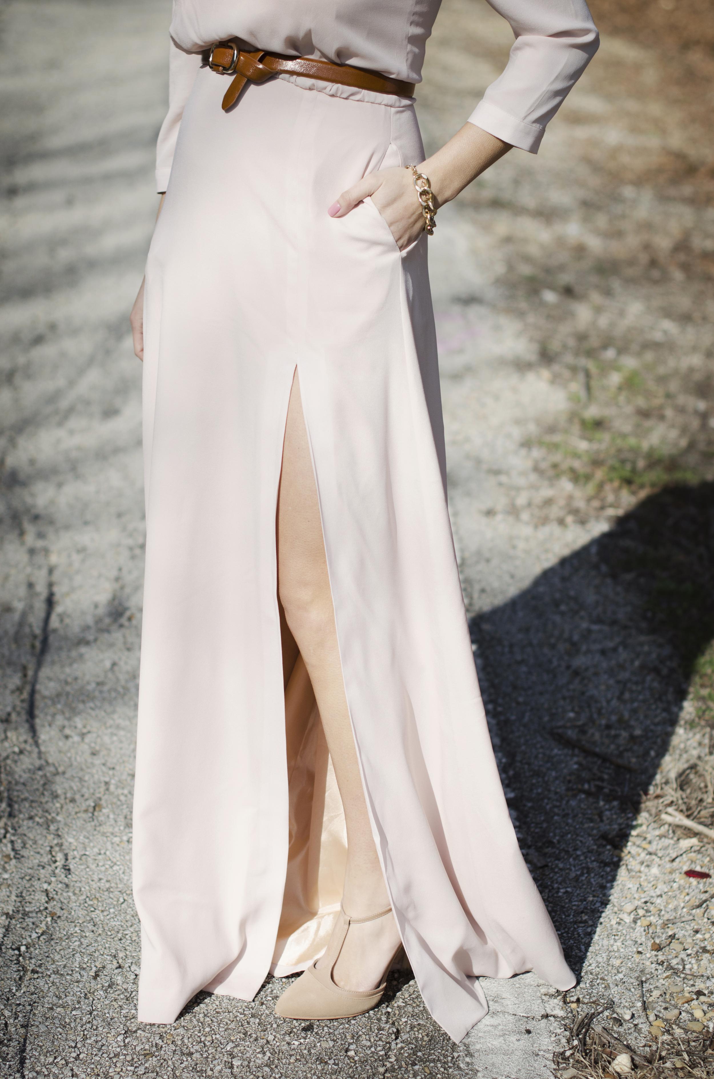 details - blush skirt slit
