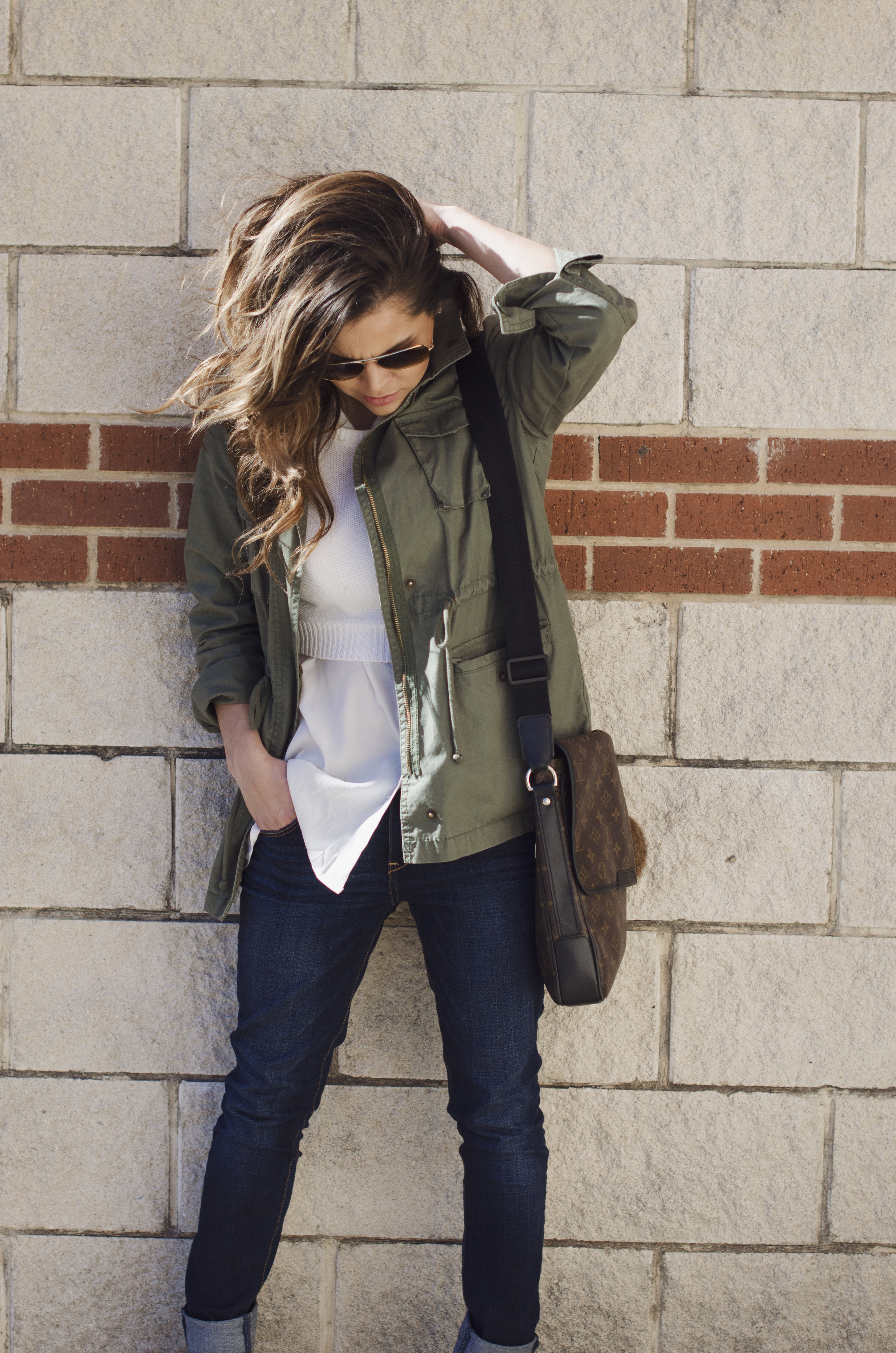 weekend-wear-white-and-olive-old-navy