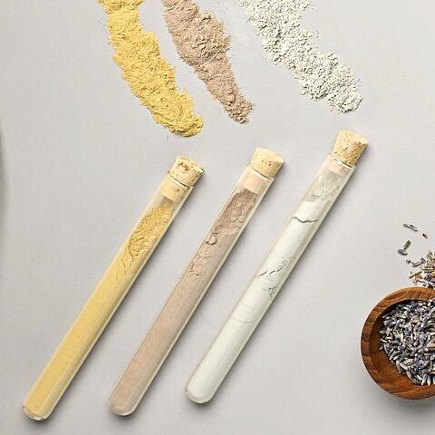 F A C E // Give the gift of easy pampering with this set of Organic Clay Facials.  Packaged in corked glass tubes the triplet can be given together or split up for cute party favors or shower gifts.  Rhassoul CLay for revitalization, Green Clay for detox, and Earth Clay for lightening and brightening.  On Sale now in the Shop - Link in Bio 👆 . . . . #sunnydaymercantile #sunnydayonsale #sale #closi ngsale #shopsunnyday #givegreatgifts #shoplocal #handmade #facial #naturalskincare #claymask #organic #metallic #giftshop #shopstpete