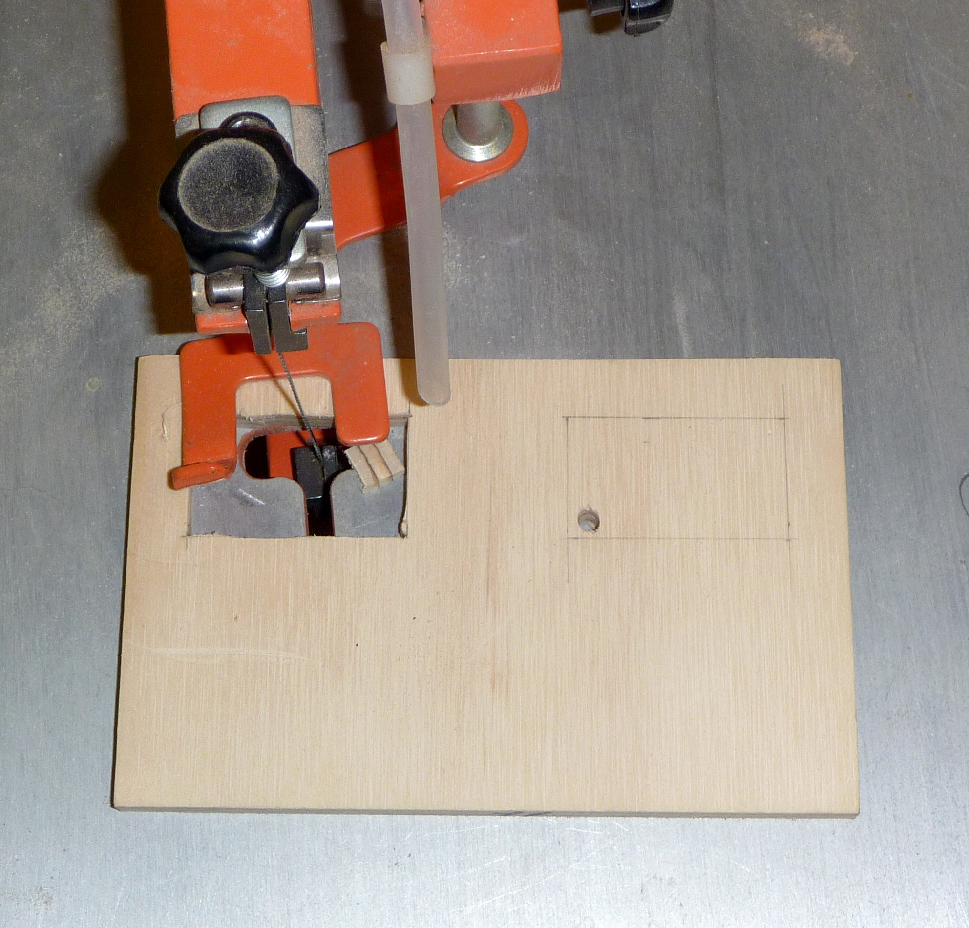 14-scroll_saw_front_pannel.jpg