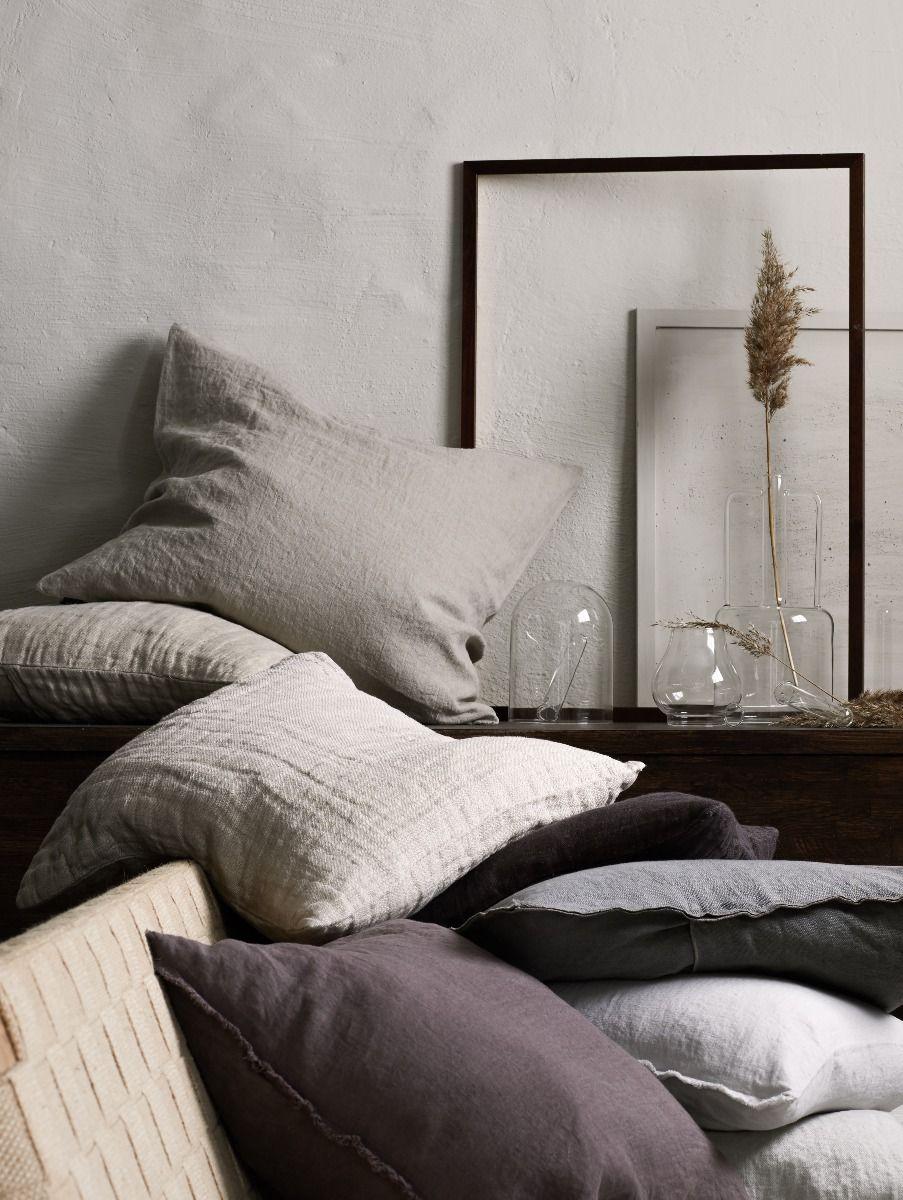 himla_signedbydaniellawitte_living_sunshine-cushion-natural_hannelin-cushion-natural-mauve-sunshinefringe-cushion-mauve-white-ash_soulofhimla-cushion50x50-lead_s_2.jpg
