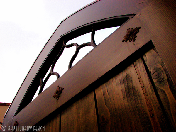 custom-wooden-gate-turtle-ridge.jpg