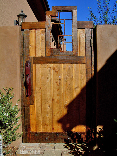 custom-wooden-metal-gate-kennedy-turtle-ridge.jpg