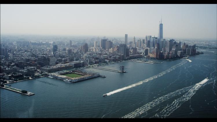 NYC skyline trash.jpg