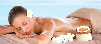 Treat yourself today with a beautiful Fijian Body Treatment