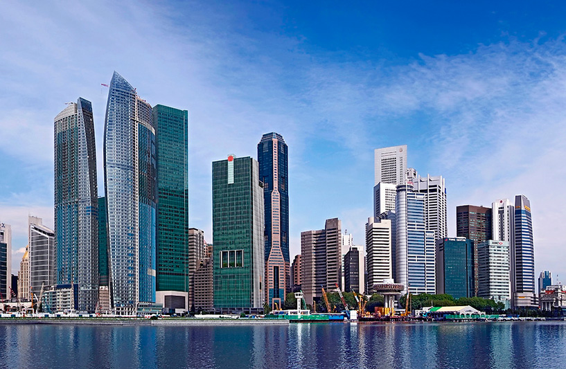 Skyline - Courtesy of the Singapore Tourism Board / Photo: Lim Lian Hai