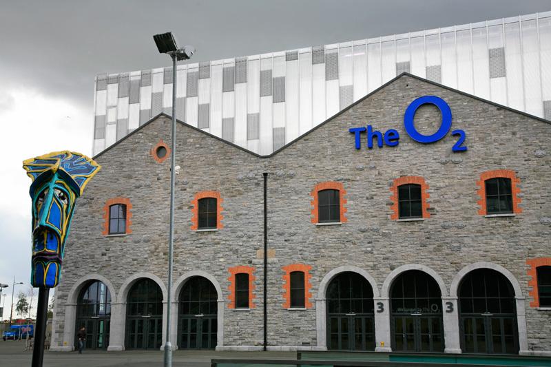 Salle de spectacle O2, quartier des Quais