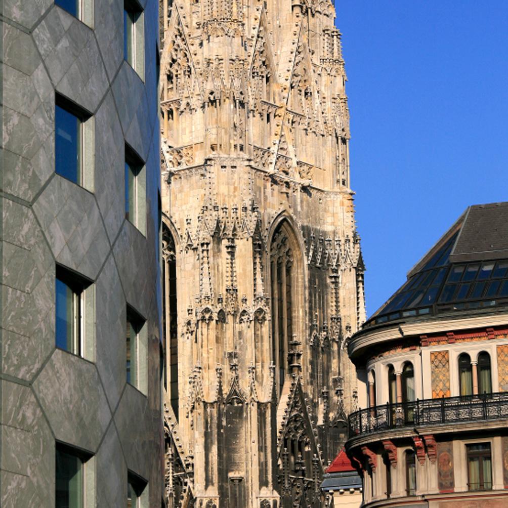 Haas Haus & Cathédrale Saint-Etienne