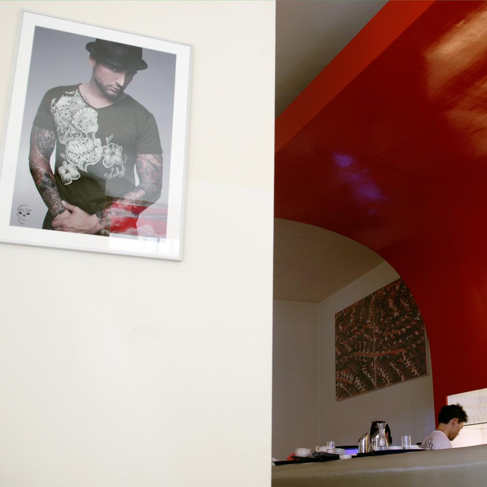 Ra Mien Bar Cafe Restaurant & Lounge Club