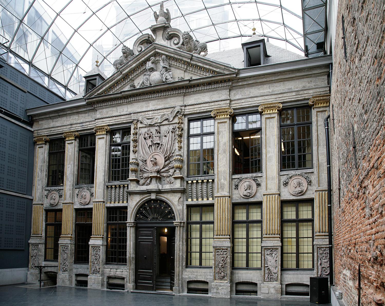 La Bellone, maison de spectacle & antre d'insolite