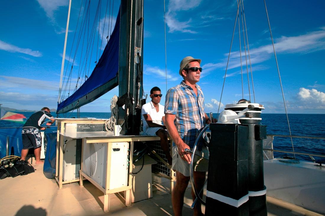 Captain Louis, à la barre du Sea Star