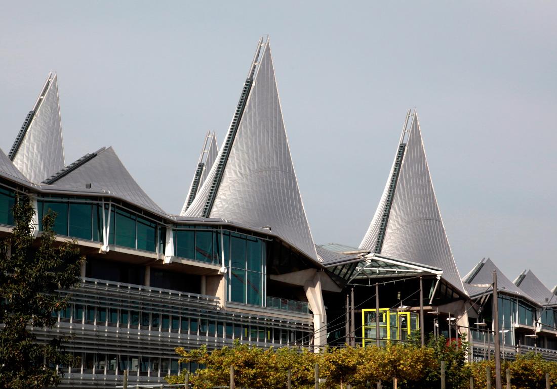 Le Palais de Justice, par l'architecte Richard Rogers