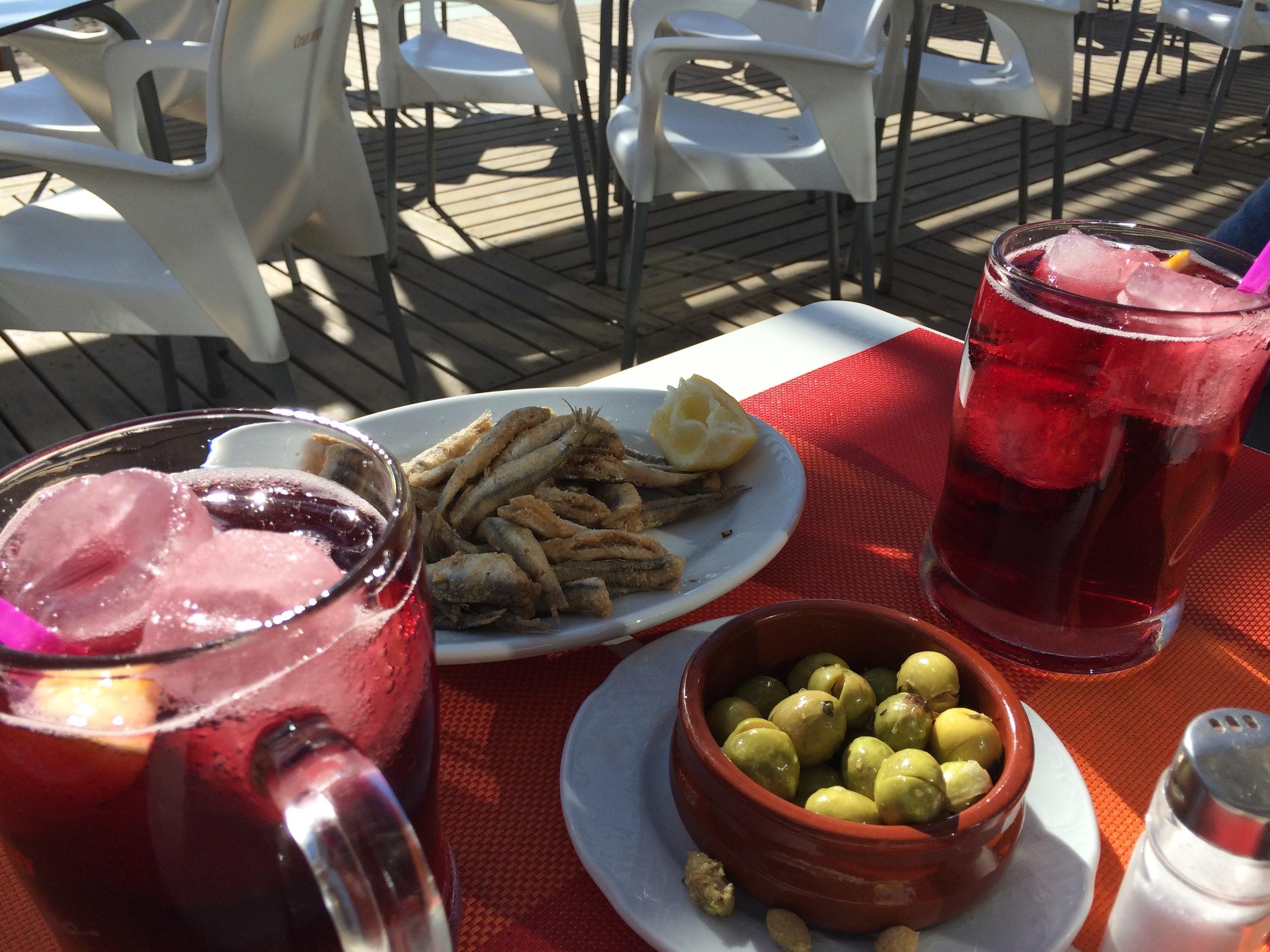 Tinto de Verano & tapas à Malaga