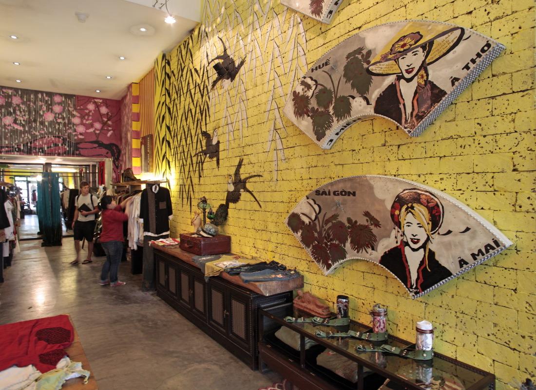 qui abrite le superbe concept store Mai Lam