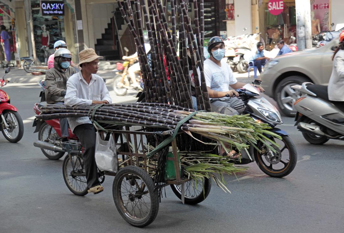 Convoi de cannes à sucre :-)