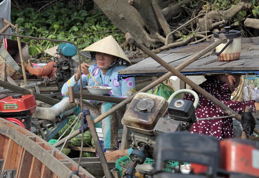 Pause-déjeuner sur les marchés flottants de Cai Rang et Phong Dien