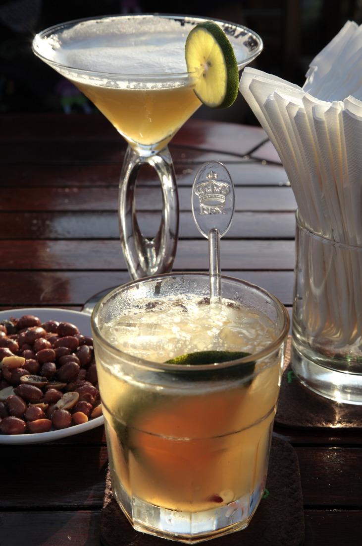 Cocktails chic sur la terrasse du Rex Hôtel