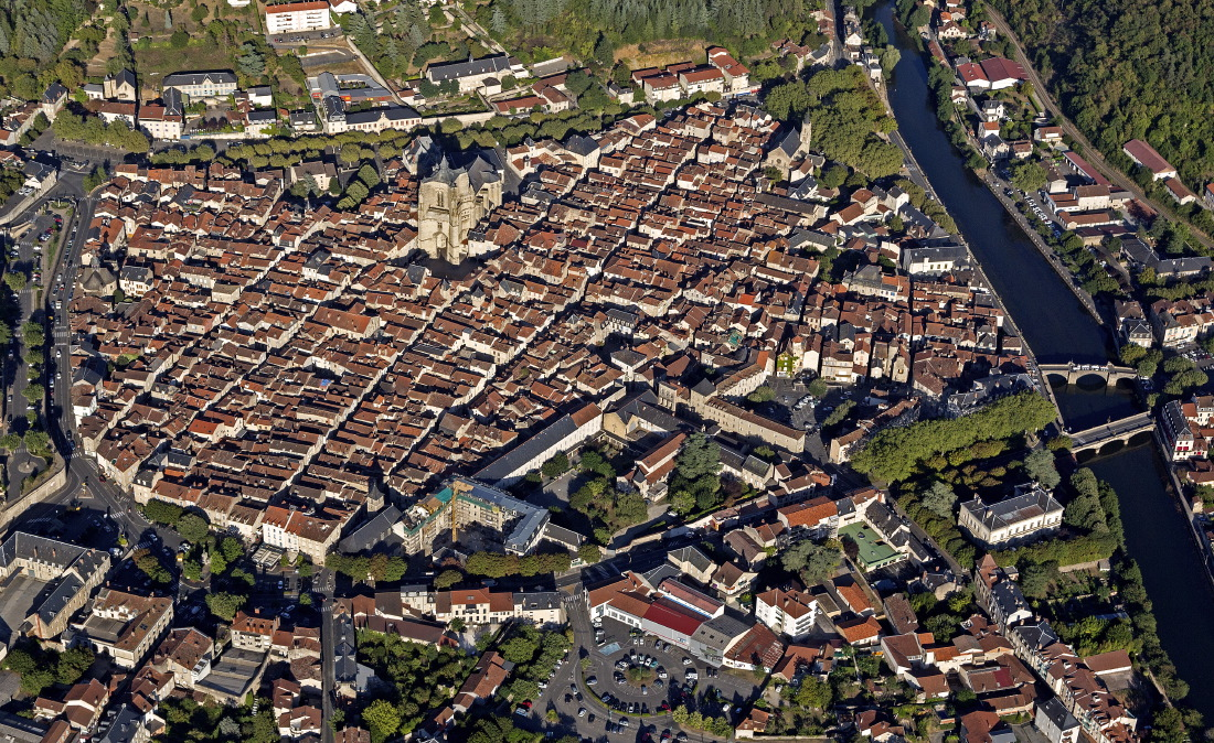 Survol de Villefranche-de-Rouergue