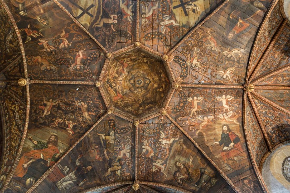 Fresques du plafond de la chapelle des Pénitents noirs