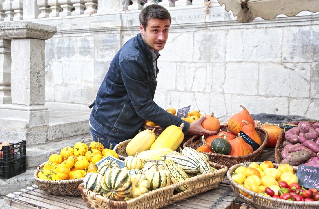 Quentin Bourdy, cuisinier de l'émission Top Chef sur M6, fait son marché