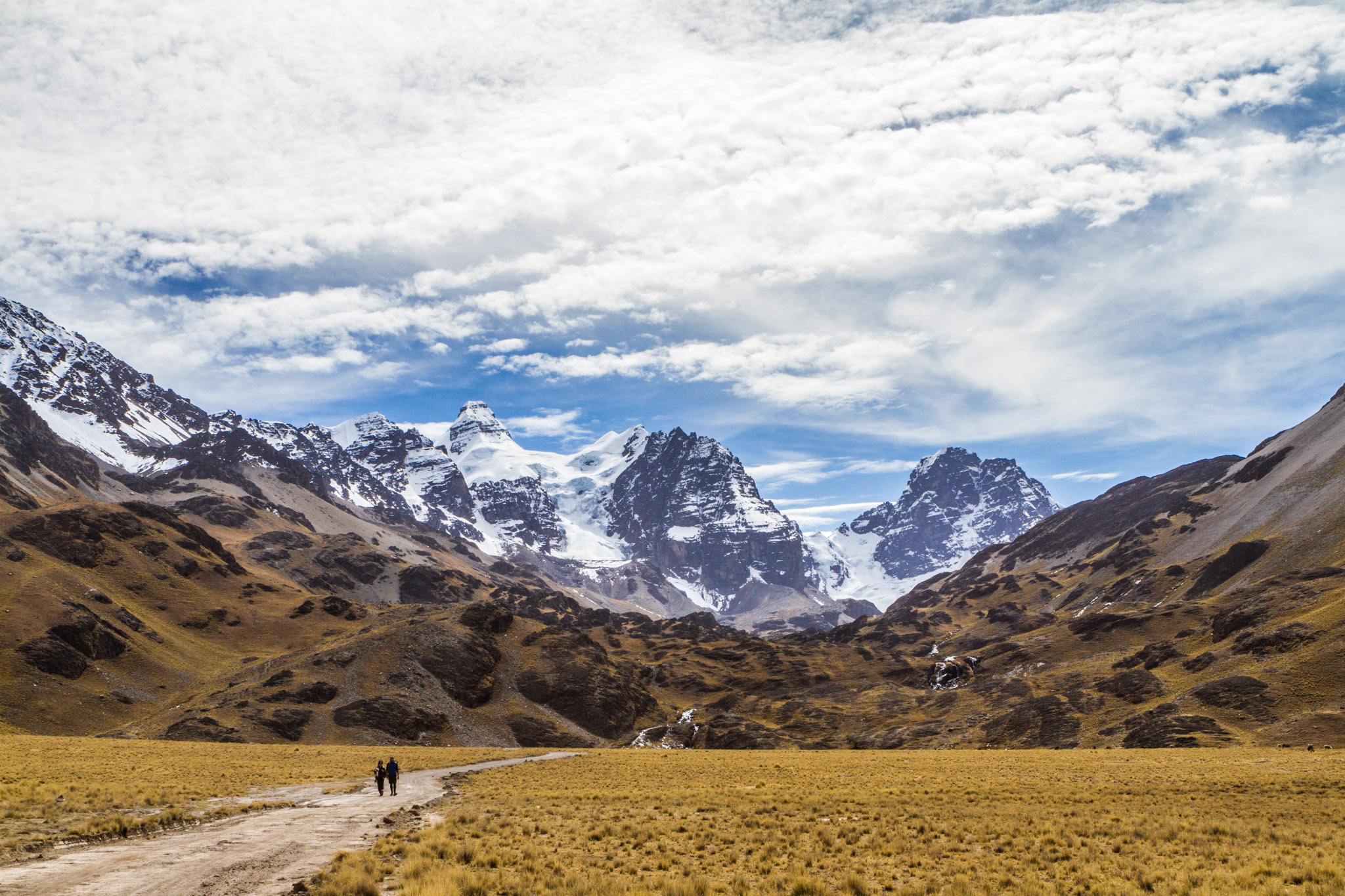 Ali-Barqawi-Studios-Explore-Series-Travel-Adventure-Documentary-C4CGAZA-Bolivia-Mount-Tarija-2015-256.jpg