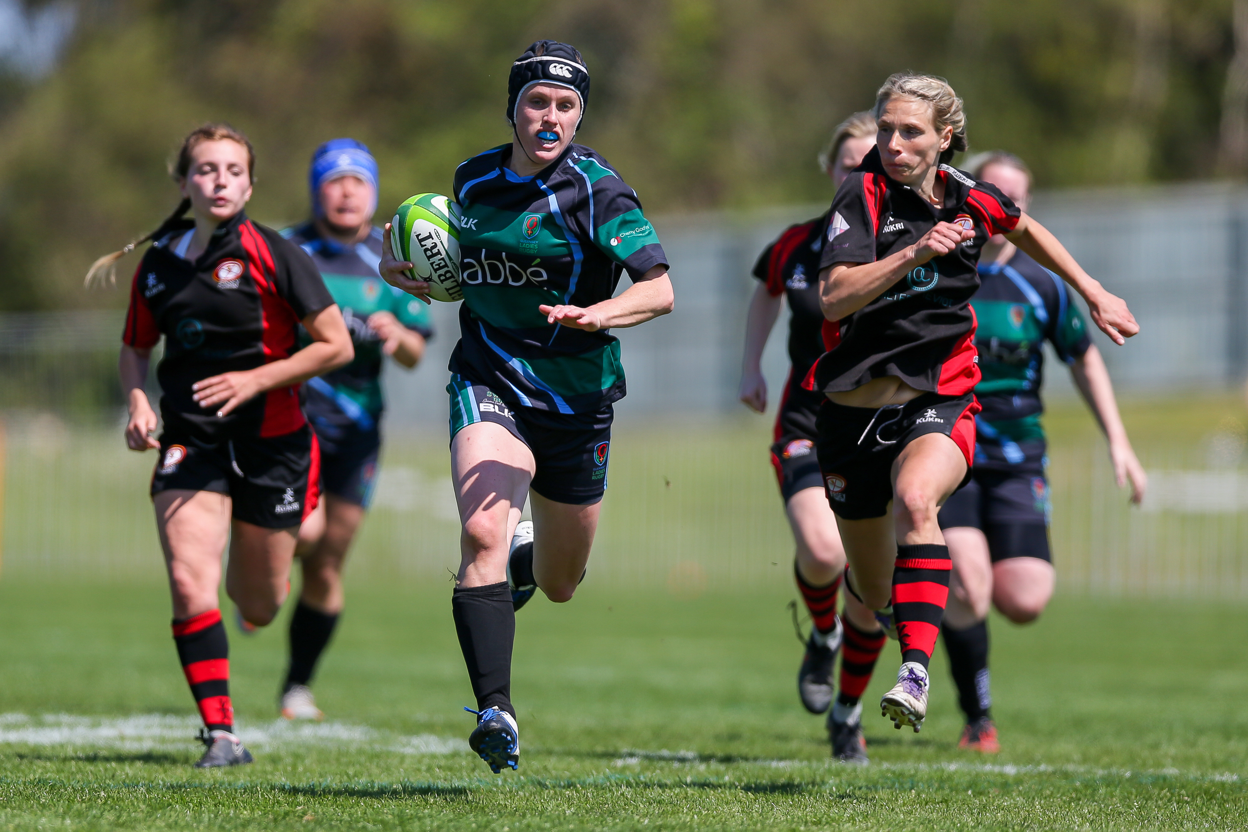 Guernsey Ladies v Jersey Siam 2016... Great performance by GLR in a 41-12 win on the Garenne pitch...