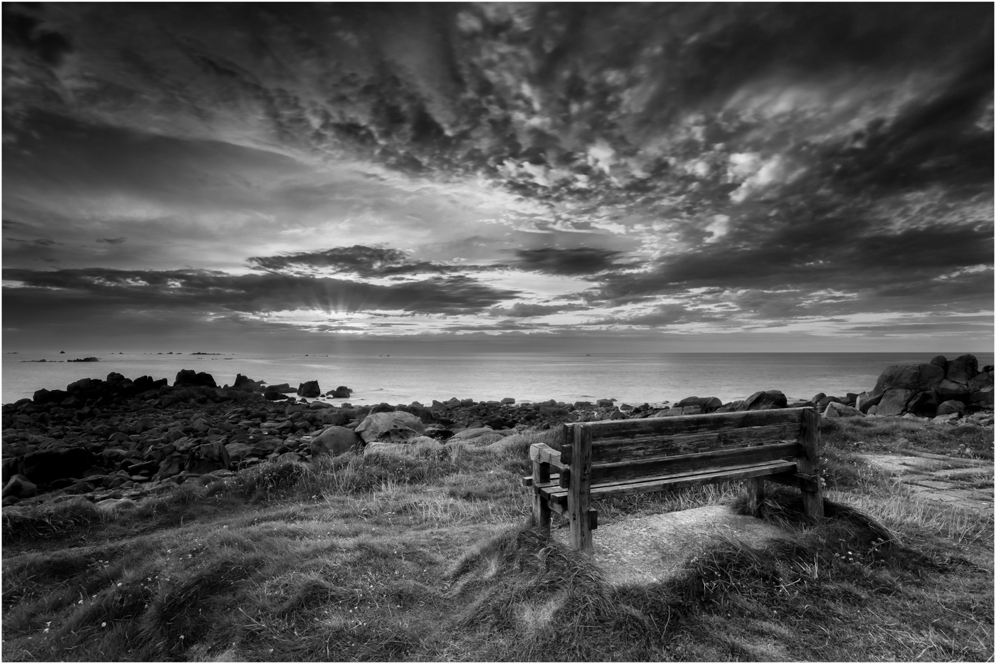 '  A Seat with a View'…     Wyvern International 2019 - Mono Landscape Acceptance…