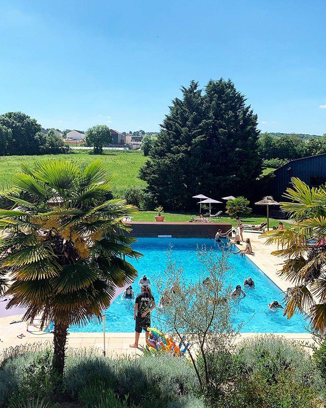 Feel Good ☀️ #goodtimes #sunnyday #weekend #escape #pool #summerday #june