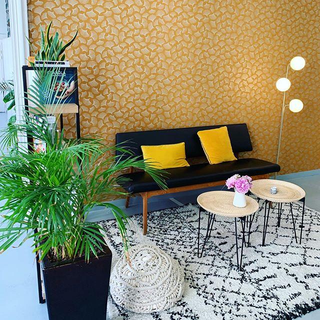 Toujours aussi agréable de venir s'entraîner dans l'appartement @chezsimonefr 💛  #chezsimone #fitnessgirl #decorationinterieur #interiors #workout #paris