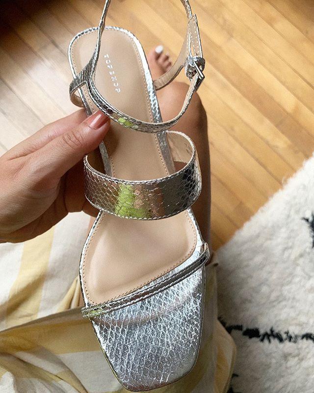 Mes nouvelles sandales @topshop que j'ai trouvé en solde sur @zalando.prive.fr ❣️