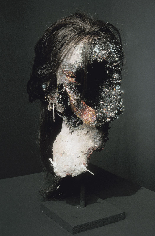 6 - AD2003-001 - Sarah Altmejd - Skol Gallery 2003 - 3.jpg