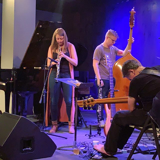 Unexpectedly got to sit in with @millerwrenn, @steubig, @thollemthollem, and #alexcline at the Blue Whale last night. Wowww what an incredible time and what an ocean of sound to swim in!! Thanks so much for inviting me Thollem and thanks @deanwesterfield for sketching me/all of us!