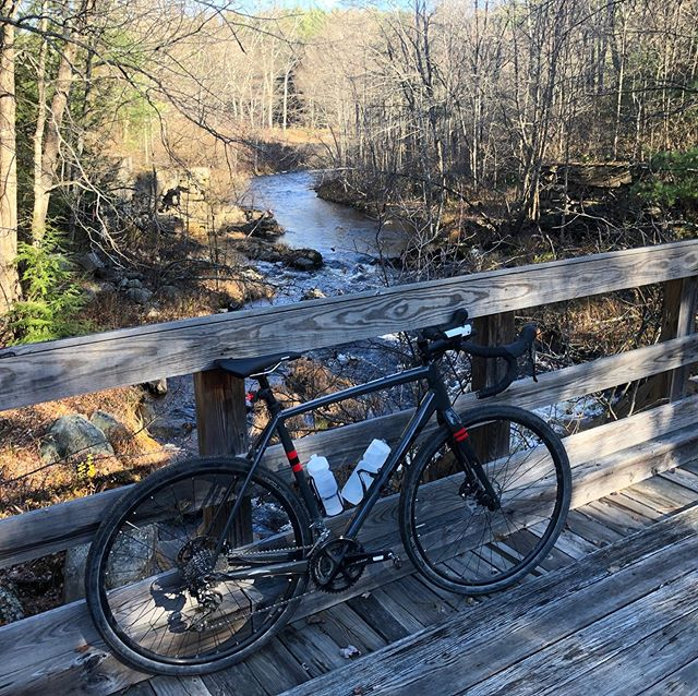An epic weekend of gravel and trail riding on my new favorite @ridebontrager Checkpoint gravel ride with @mhoffma8 #fall #gravelbike #explore #bike #fun #offroad #snappletriathlonteam #snappletriteam
