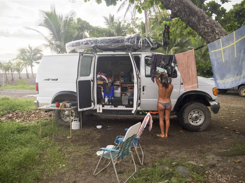 Free parking somewhere in Hermosa, Costa Rica