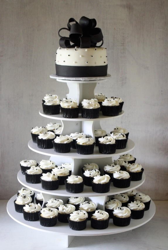 Cupcake Cake.jpg