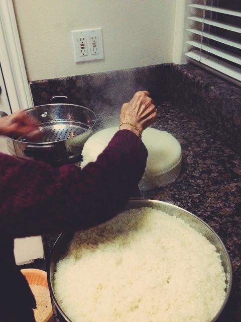 Pǒ-Pó making wine brew