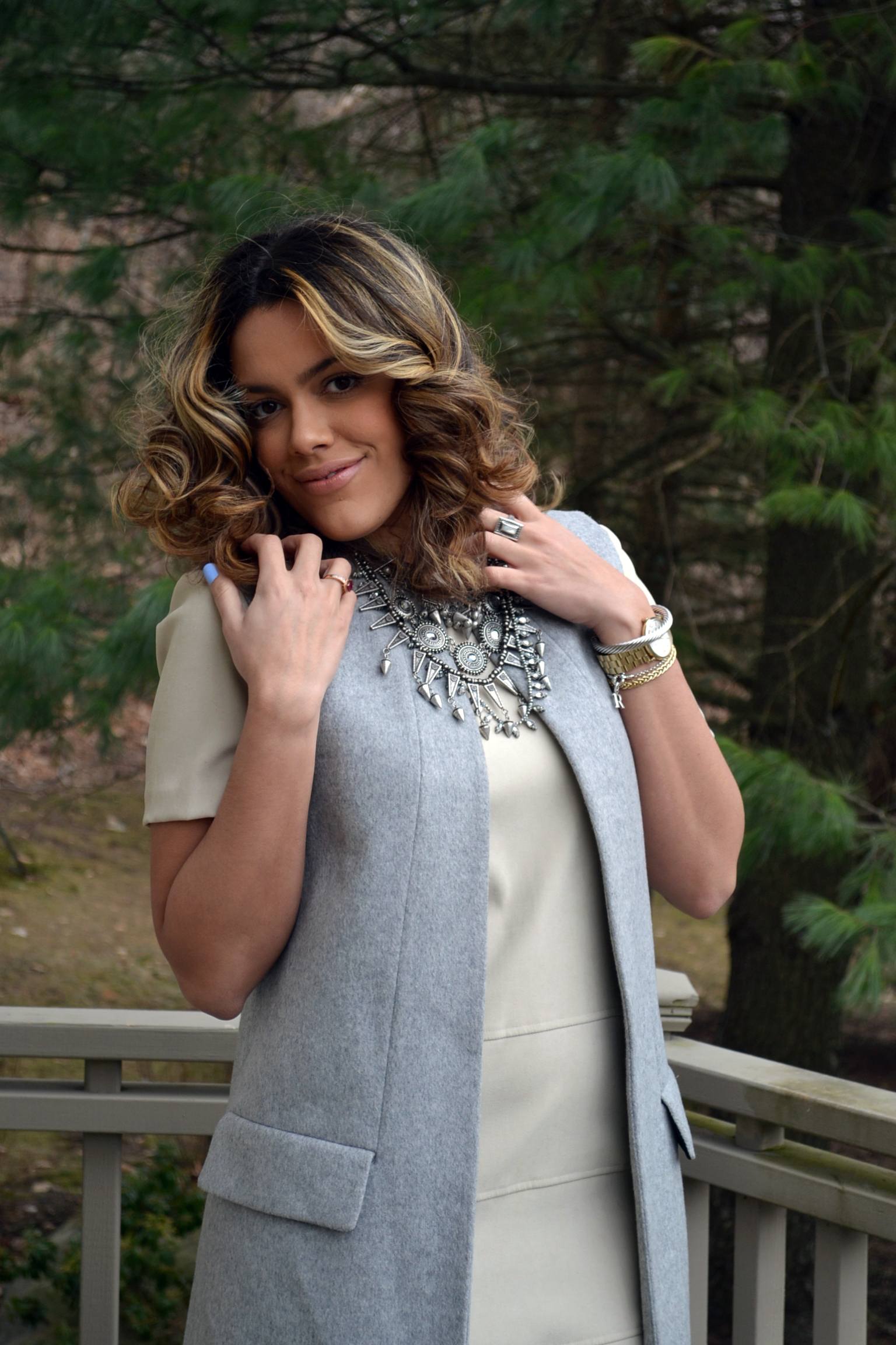 how-to-wear-zara-gray-vest-coat-suede-shift-dress-metallic-oxfords-1.jpg